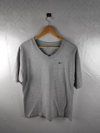 Vtg 90s Nike Swoosh Embroid Essential Vneck Tshirt