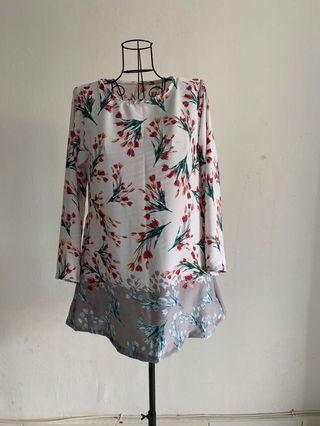 SALE!! Floral Blouse (Please read description)