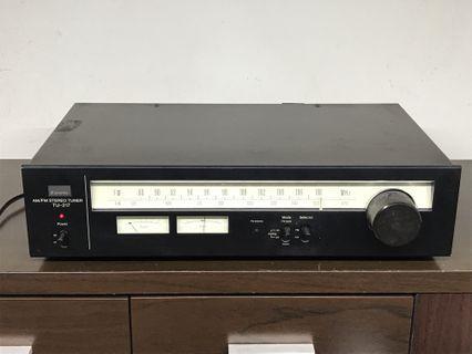 SANSUI AM/FM Stereo Tuner