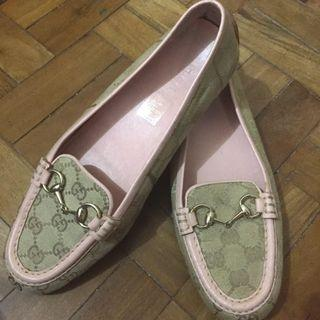 AUTHENTIC GUCCI LOAFER FLATS