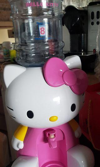 🚚 New Hello Kitty! Party Drinks Dispenser