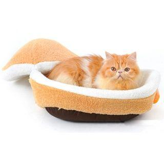 🚚 HAMBURGER PET BED - CUTE & COZY!: Pre-order 9 days delivery