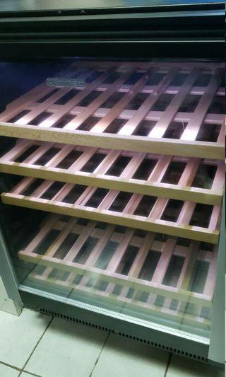Vintec Al V40SGE Wine Cabinet