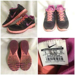 440b2c74 NIKE Womens Athletic Sports Sneakers Shoes 6US / 3.5UK / 36.5EU / 23CM