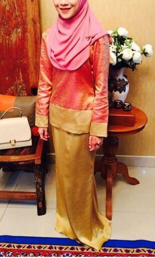 Pink n gold kurung