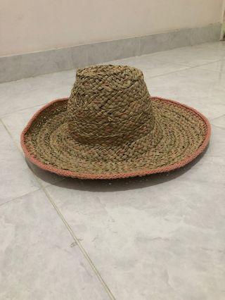 topi jerami/topi pantai