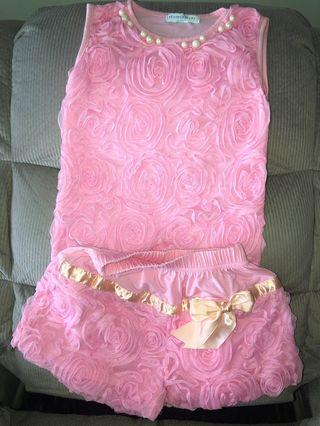 costume for girls.  very good condition