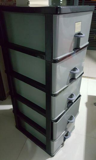 Storage Cabinet 5levels with handles to pull.