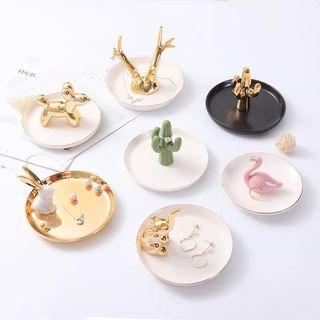 [PO] Ceramic Gold White Jewellery Tray Ornament flea market bazaar Store Display for Ring Necklace accessories