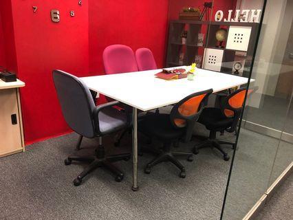 🚚 Ikea table