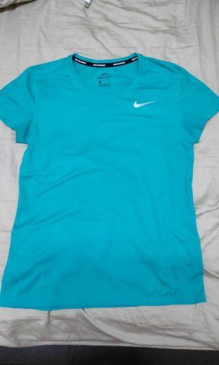 Nike Top size m