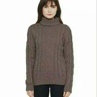 Roll neck sweater dari steddy