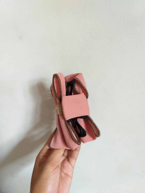 Coral Ribbon Hairclip