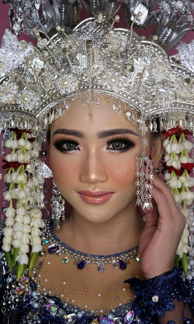 Jasa model dan katalog makeup, baju pengantin JABODETABEK