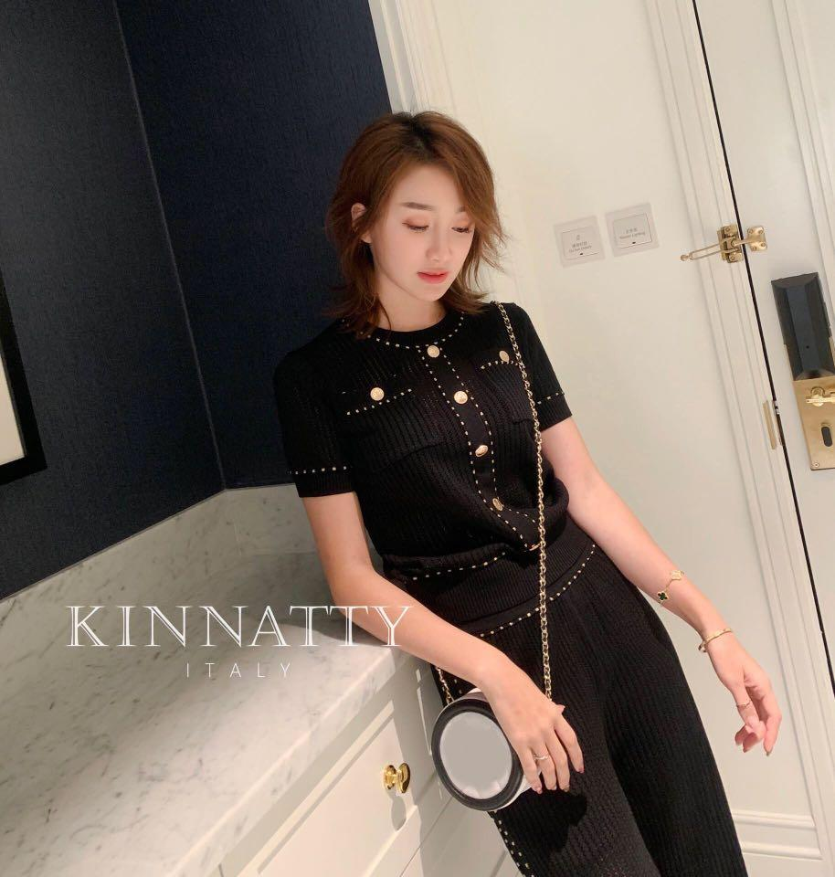 KINNATTY Small Fragrance Gold Buckle Short Sleeve Suit