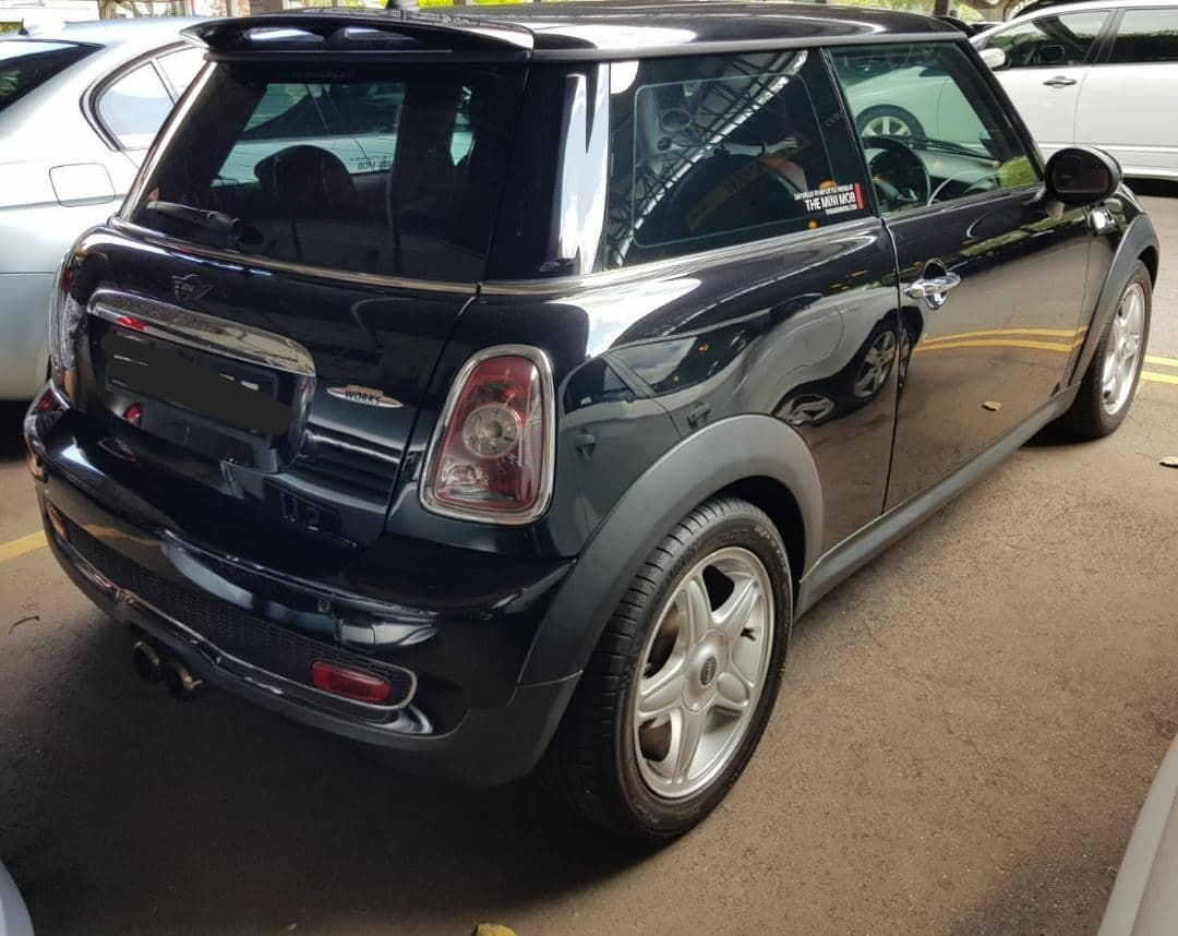 Mini Cooper S 1.6A R56 Twin roof Selling