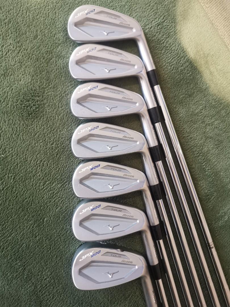 Mizuno JPX900 Tour Forged golf irons S300