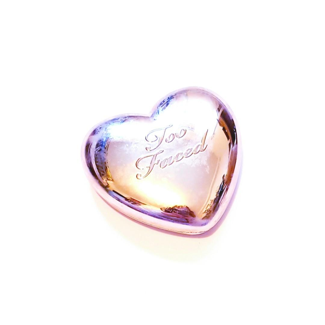 Too Faced Love Light Blinded By The Light Prismatic Highlighter
