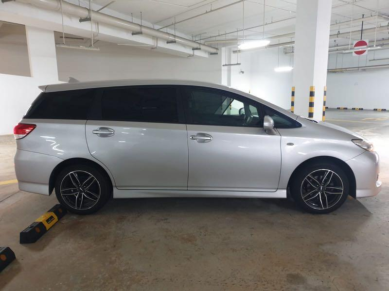 Toyota Wish 1.8 X (Auto) - Cheap rental good condition
