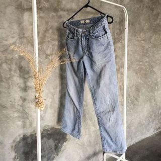Hi waist jeans 3/8
