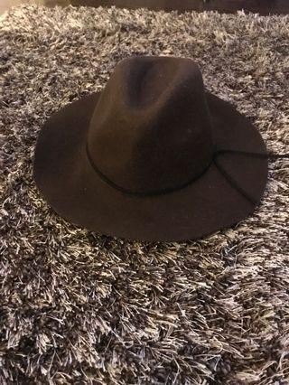 Garage hat-small/med