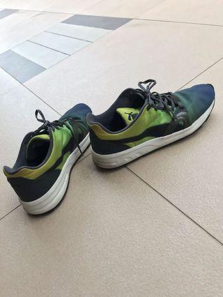 PUMA Sneaker (Authentic)