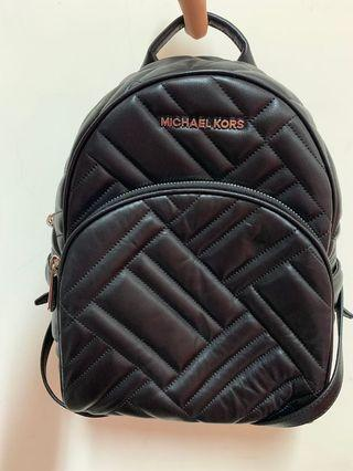 全新-MICHAEL KORS MK Abbey系列 小羊皮後背包