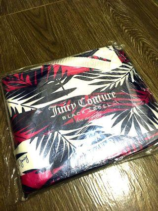 Juicy couture beach mat