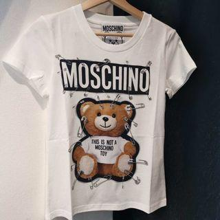 Moschino 扣針熊短袖 Tee size 40 (suitable for wear XS or S ) 胸圍43cm 衣長58cm