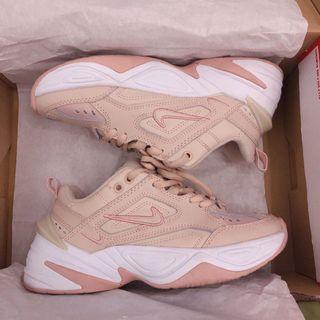 Nike M2K TEKEO 粉色老爹鞋