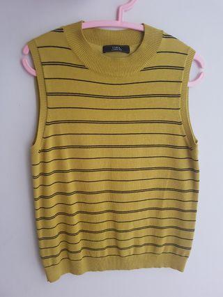 iORA Mustard Knitted Top