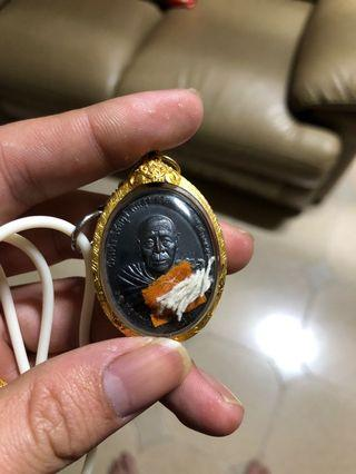 🚚 Thai amulet lp pong