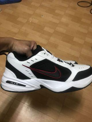 Nike air monarch IV life style second hand shoes