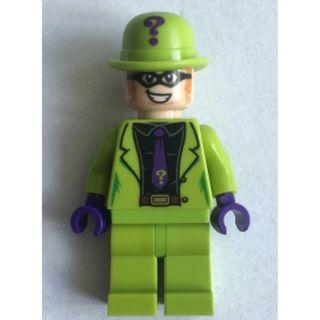 593 LEGO DC Super Heroes 76120 Batman The Riddler - Black Shirt and Dark Purple Tie