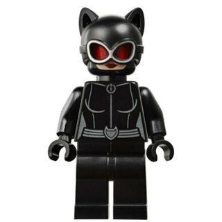 595 LEGO DC Super Heroes 76122 Batman Catwoman - Red Goggles