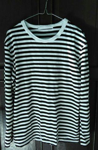 Atasan Stripe black n white