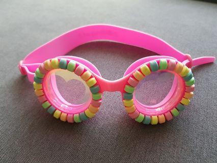 🚚 BNIB Girls Swim Goggles