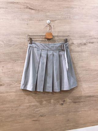 Forever 21 Grey Pleated Buckle Skirt