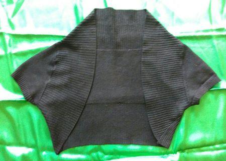 Cardigan bolero hitam