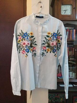 Floral boho embroidered blouse