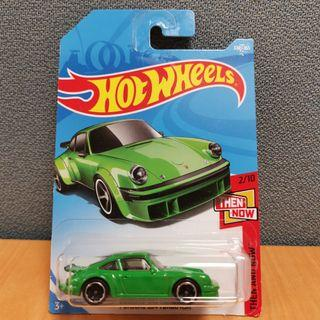 Hot Wheels THEN AND NOW PORSCHE 934 TURBO RSR green