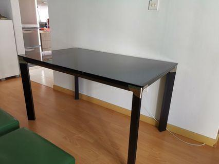 🚚 Tempered Glass Dining Table