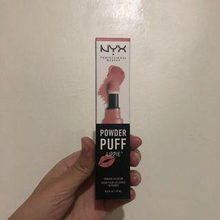 FREEONG: NYX POWDER PUFF LIPPIE SQUAD GOALS WITH BOX