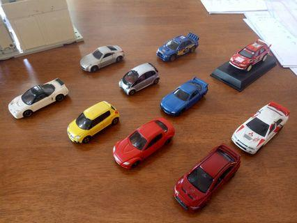 Set of 10 small scale cars