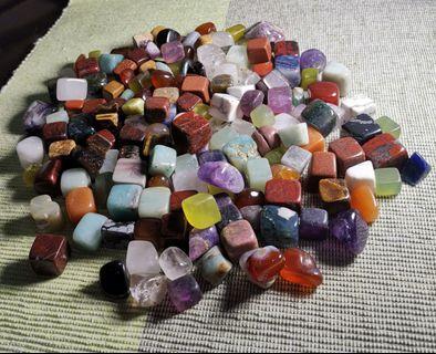 不同種類水晶裸石(約1kg)