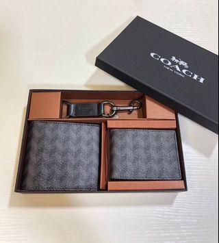 COACH 29273 新款男士短夾 禮品盒包裝 相片卡位 證件夾卡位 時尚潮流 送人自用首選 附購證
