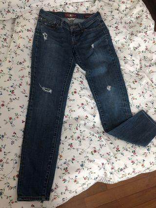🚚 Lucky Brand jeans size w24/ 00 (good for w25)