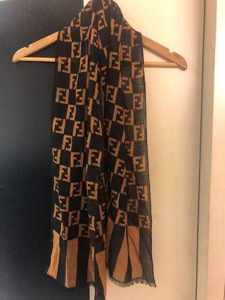 專櫃正品 Fendi logo 披肩 圍巾