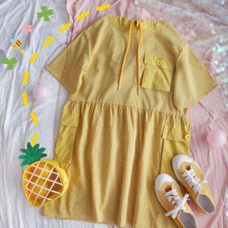 [彩色櫥窗]寬鬆黃色格子連帽大口袋可愛短袖佯裝