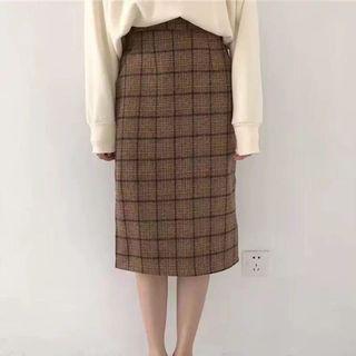 【二手】格紋長裙 氣質款 毛呢保暖